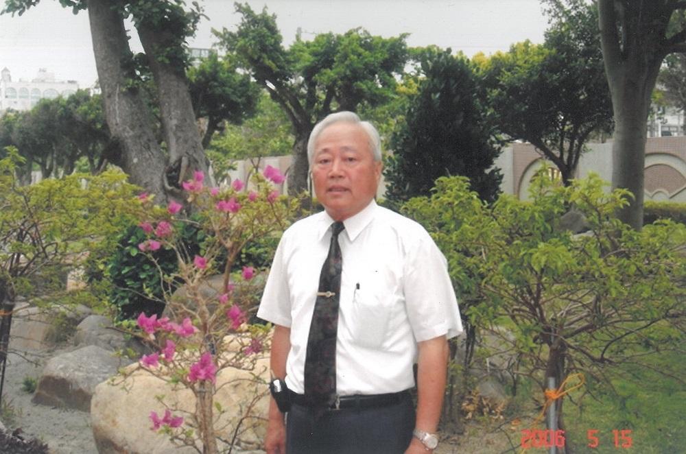黃清江校長
